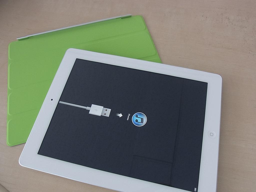 iPad 2 Wi-Fiモデル(64GB)を購入してきた