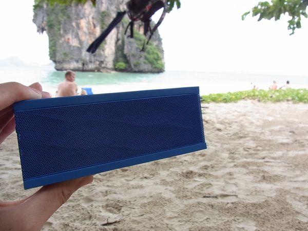 ホテルでもビーチサイドでもJAMBOXが便利!