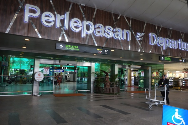 エアアジア マレーシア国内線 ランカウイ島 ⇒ クアラルンプール AK 6303便搭乗記