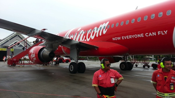エアアジア、無料航空券を含む500万席のビッグセール、支払手数料も期間限定で無料