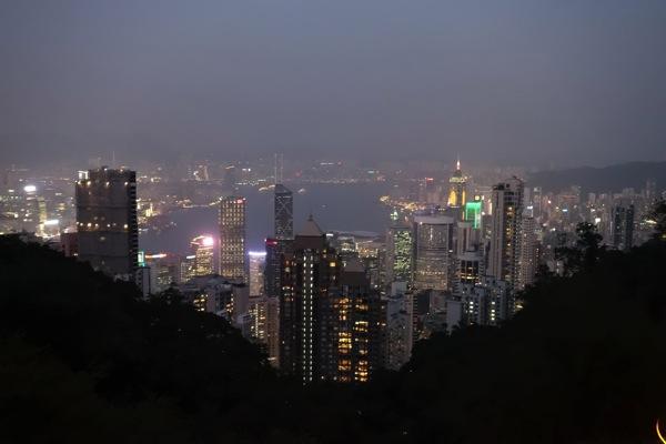 香港の夜景(RX100M2で撮影)