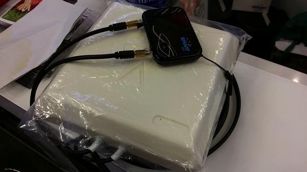 SMARTのモバイルWi-Fiルータの電波状況を改善する外部アンテナを設置&利用してみた