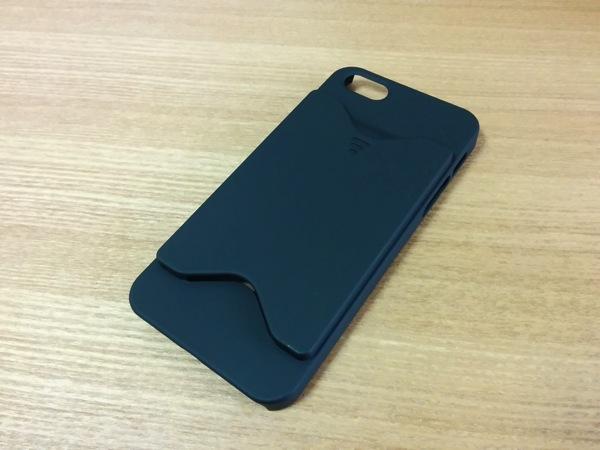 iDのプラスチックカード発行記念のiPhone 5s用ケースがとてもカッコ悪かった