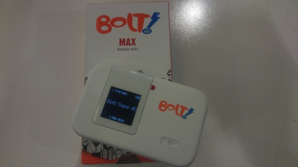 ジャカルタで使える4LTEサービス『Bolt!』のモバイルWi-Fiルータを購入!端末代 + プリペイドSIMのセットでRp 299,000〜