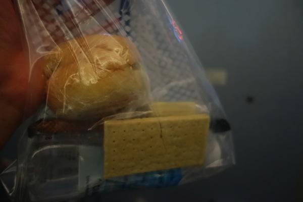 離陸後に提供された軽食