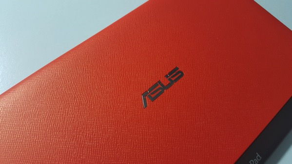 ZenPad 8.0 ブラック + オレンジ