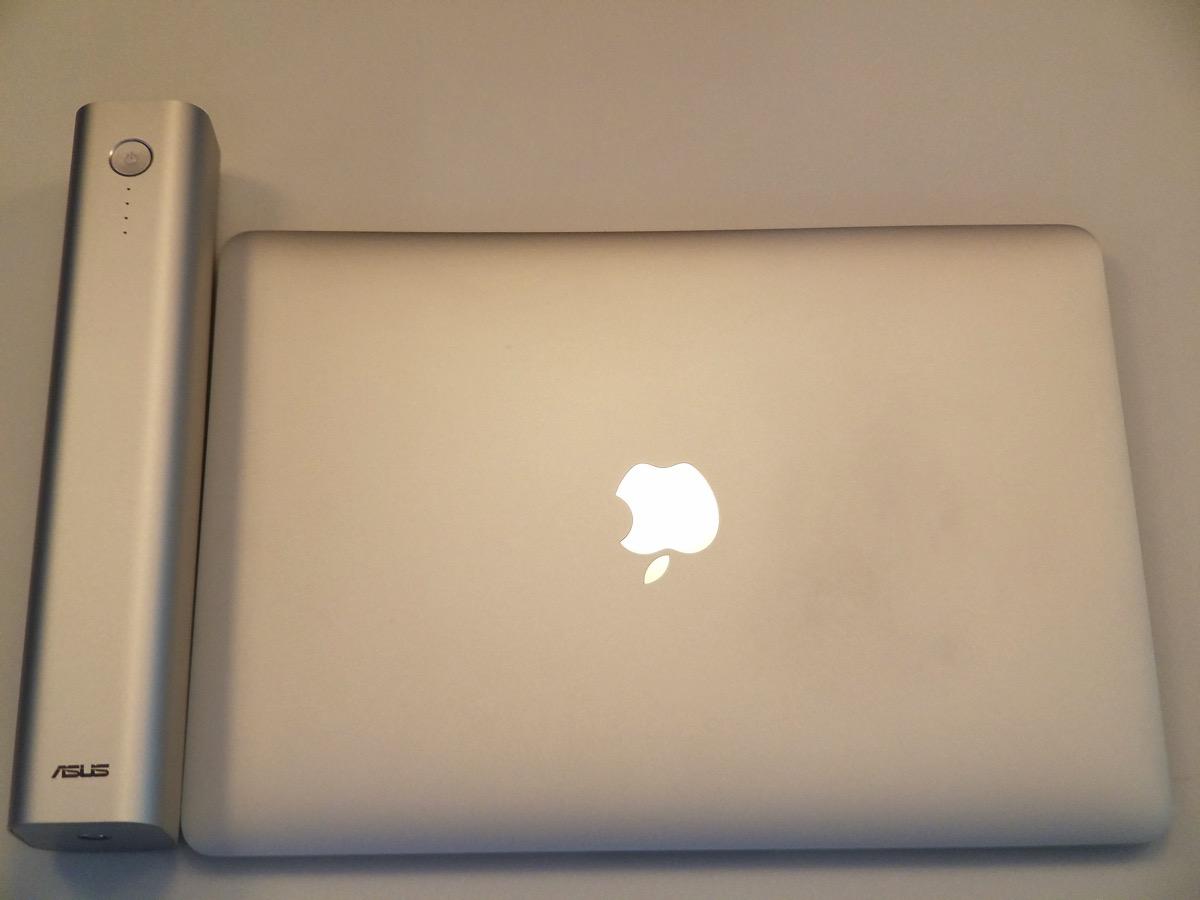 MacBook(12インチ)とサイズ比較