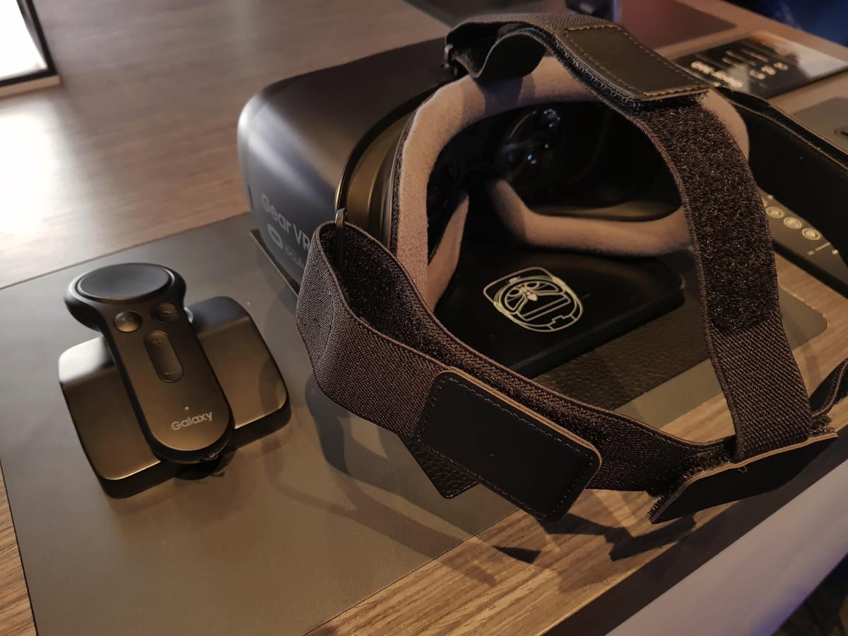 予約特典でGear VR with Controller