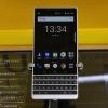BlackBerry KEY2がau SHINJUKUやビックカメラに実機展示、ビックカメラはポイント1%還元
