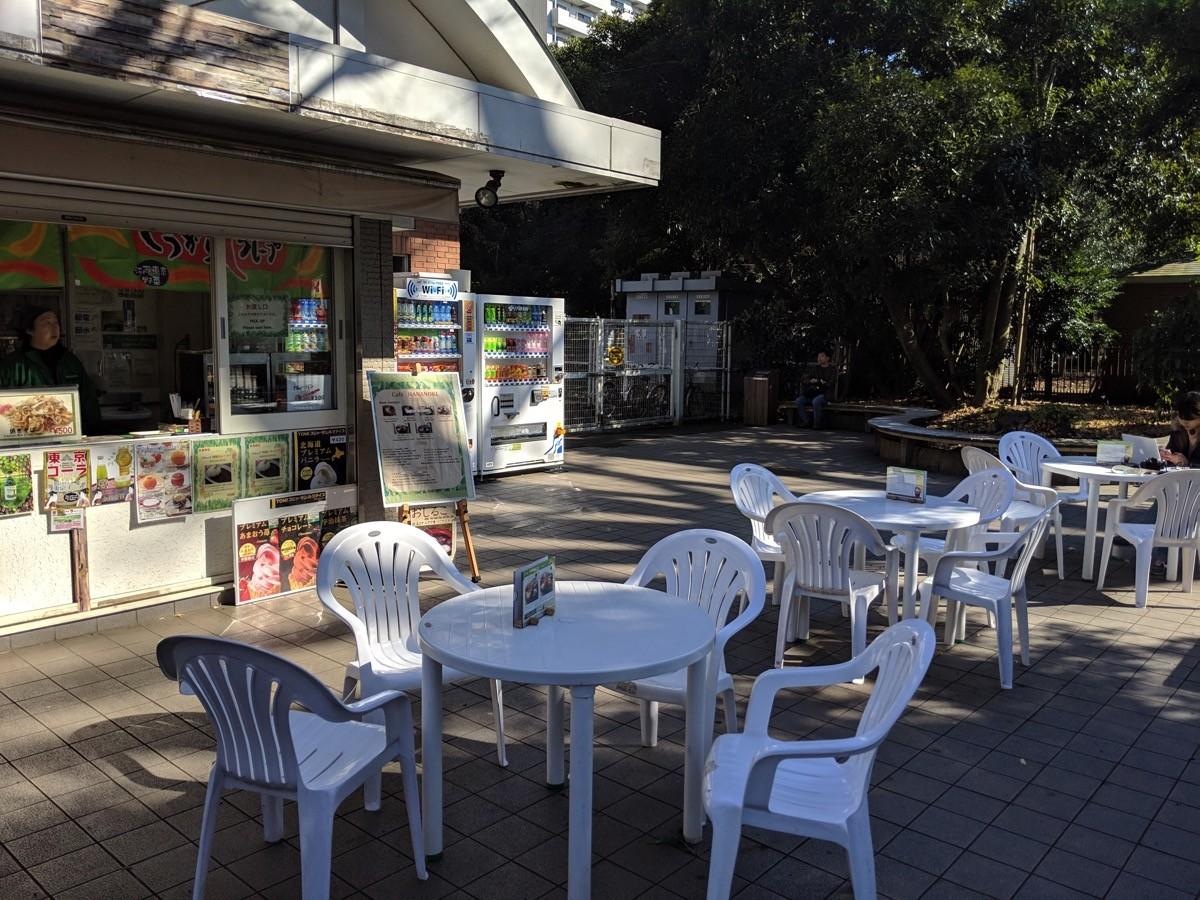 新宿門脇の売店