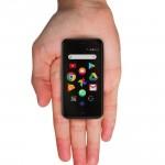 手のひらスマホ「Palm Phone」本日発売、dポイント20%還元で購入可能に